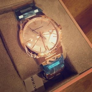 NWT Burberry Rose Gold Watch